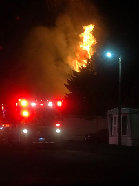 Firefighters battle mobile home fire in Airway Heights