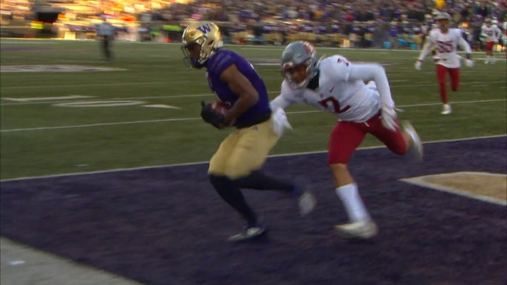 Cougs fall to Huskies for 7th straight Apple Cup