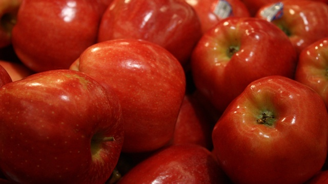 Apple growers cheer end of tariff on shipments to Mexico
