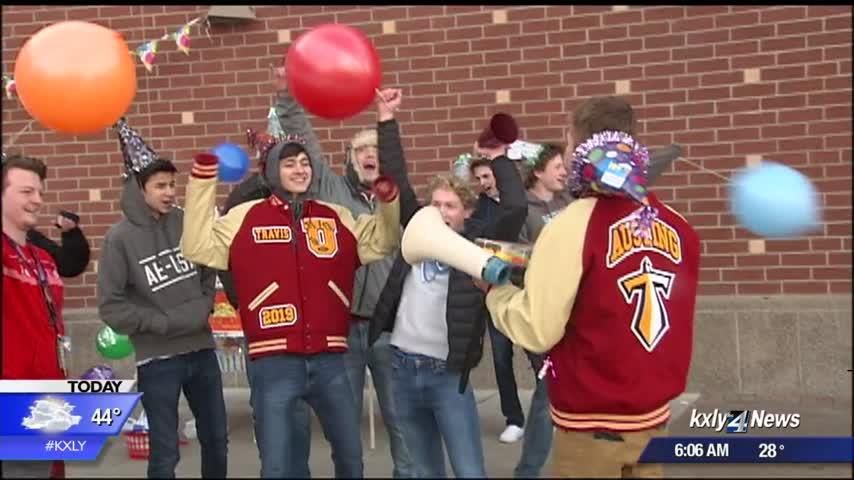 """Bro Team"" makes Thursdays extra special at Central Valley's University High School"