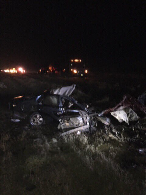 Fatal crash blocks State Route 26 east of Royal City