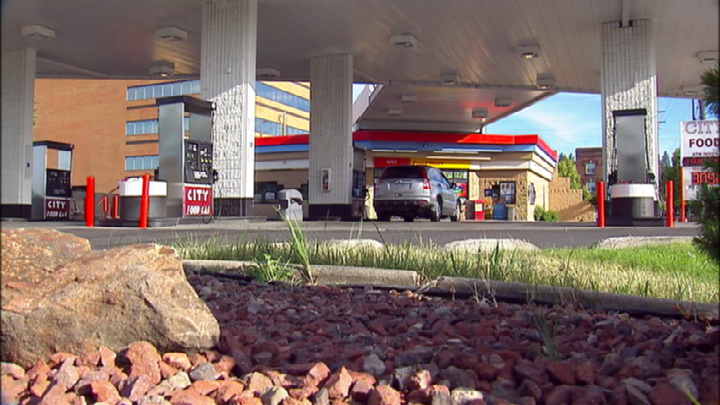 Thieves trick elderly woman, steal car from Spokane gas station