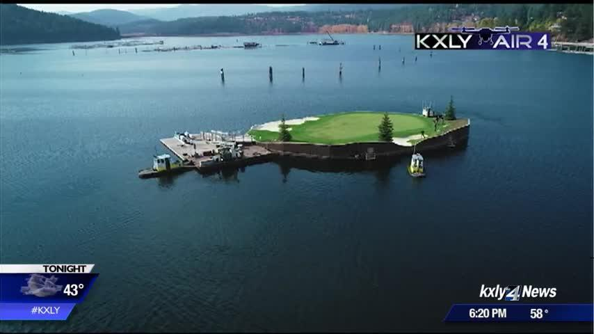Coeur d'Alene floating green floats across lake for routine maintenance