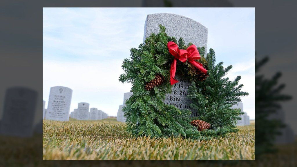 Veterans honored at Wreaths Across America ceremony