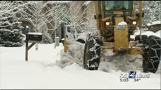 City testing snow boot to avoid blocking driveways