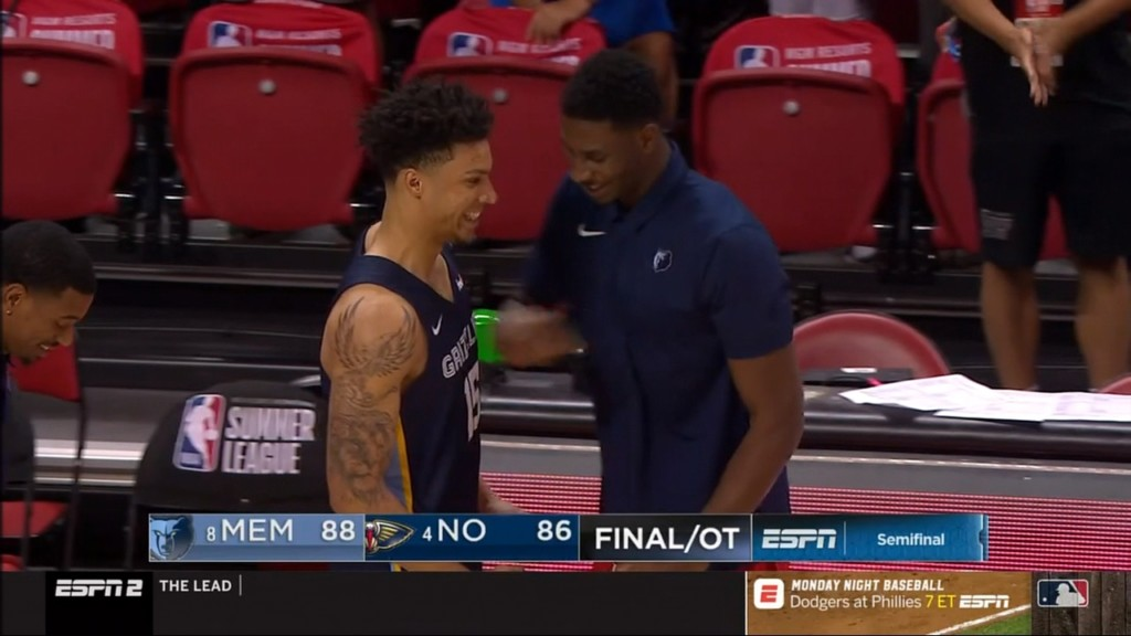 Clutch plays by GU's Brandon Clarke, EWU's Tyler Harvey land Memphis in semifinals