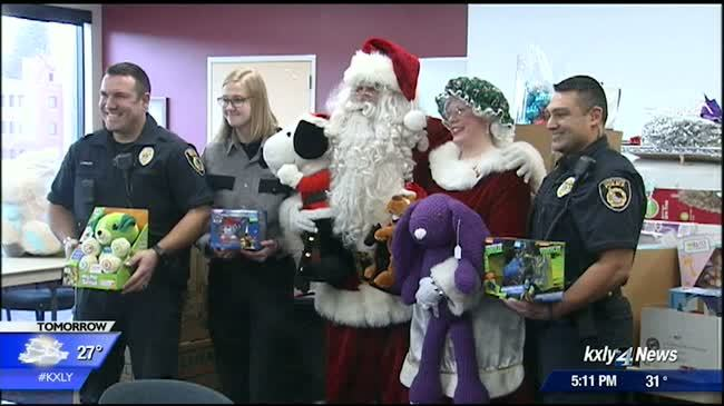 Coeur d'Alene police deliver $15,000 worth of toys to Sacred Heart patients