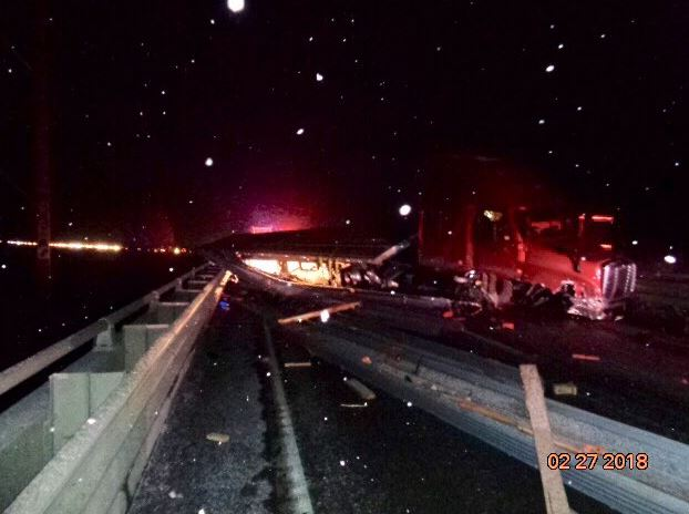 WSP working to clear I-90 blockage near Ellensburg