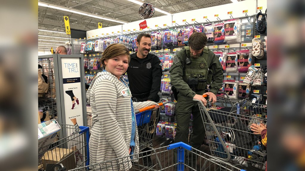 'Shop with a Cop' sees local law enforcement take kids shopping for winter clothes