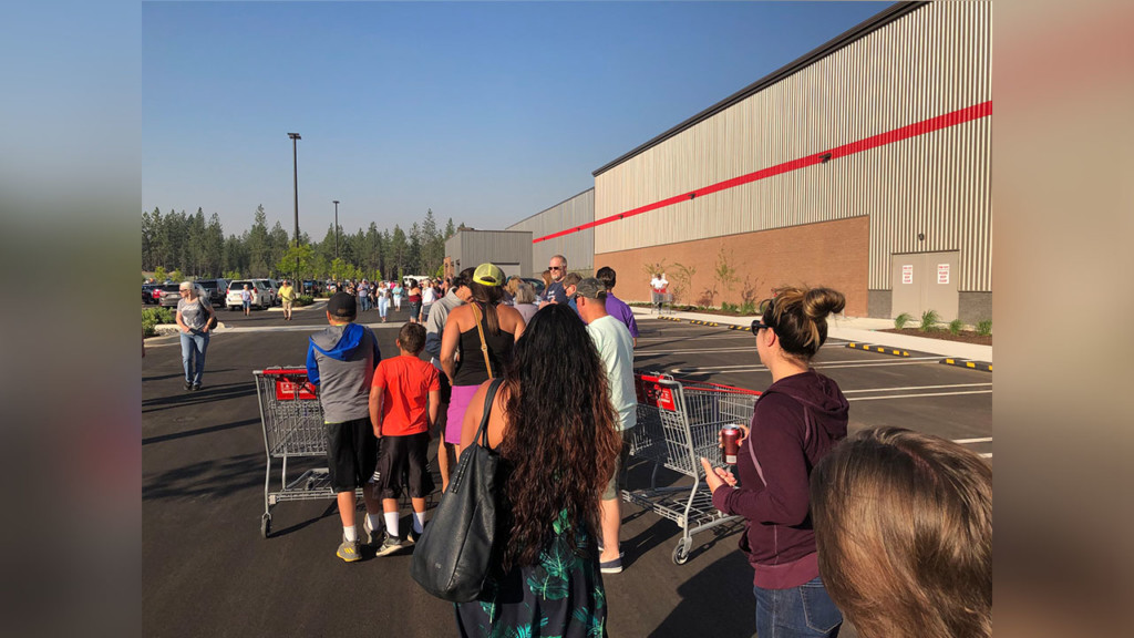 New North Spokane Costco opens to large crowds