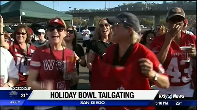 Coug fans eagerly anticipate Holiday Bowl