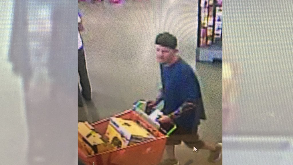 Spokane Co. deputies looking to identify credit card fraud suspect