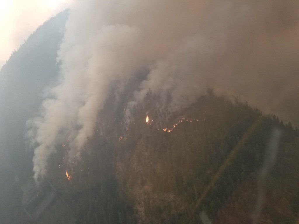 Level 3 evacuation notice issued for Crescent Mountain Fire