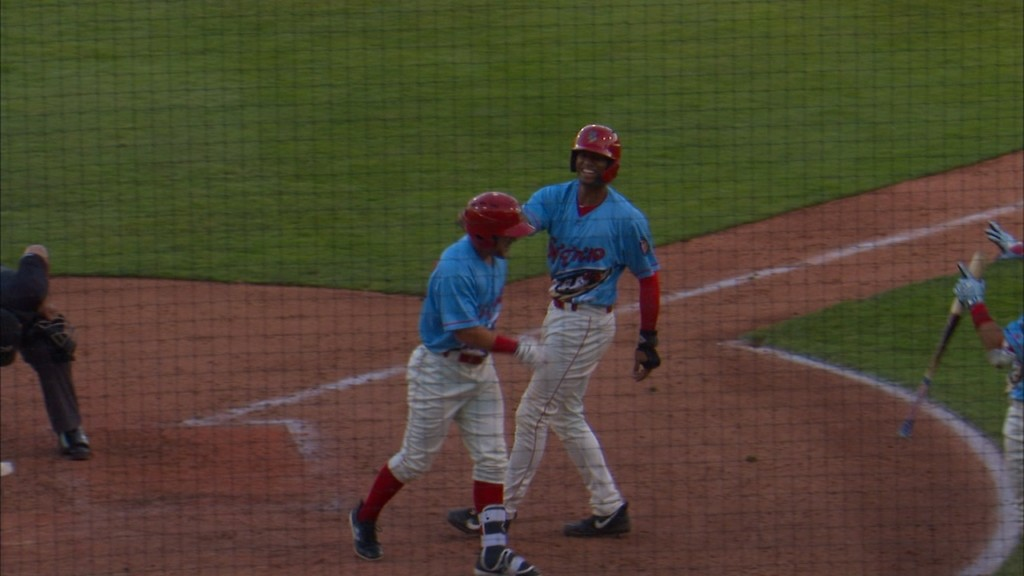 Crim's two bombs power Indians to 5-1 win
