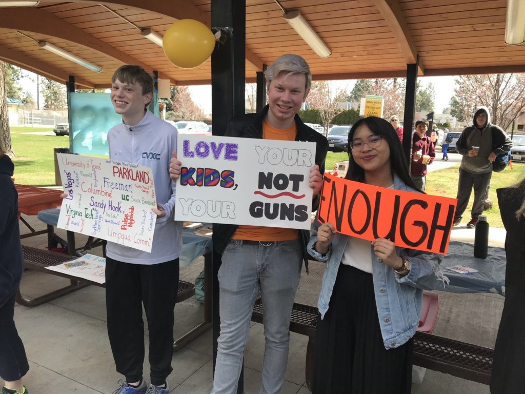 Students walk out to protest gun violence