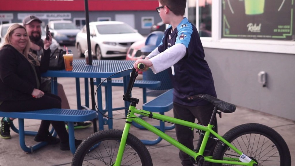 Dutch Bros. baristas raise money to buy bike for special Spokane customer