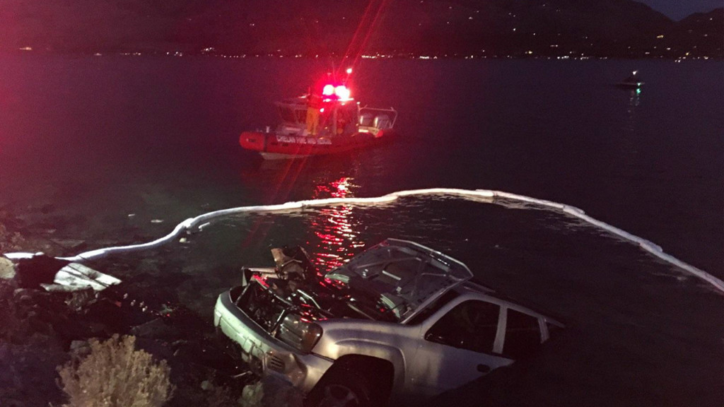 WSP arrests driver who allegedly drove car into Lake Chelan while drunk