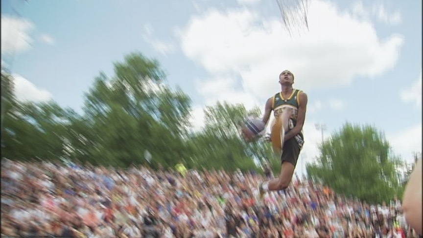 High flying dunkers take center stage at Spokane's Hoopfest