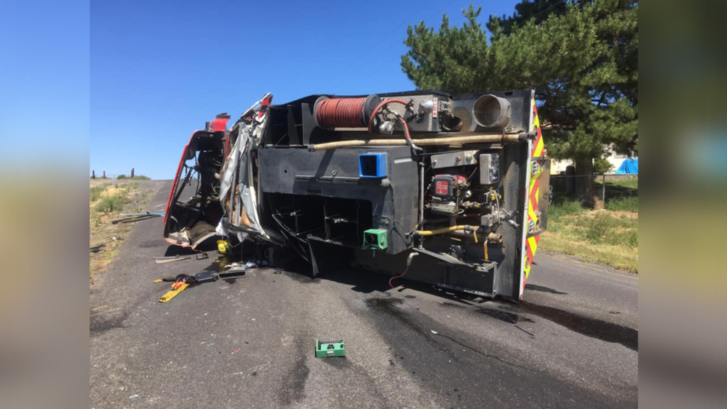 Fire engine crashes while responding to a call in Royal City