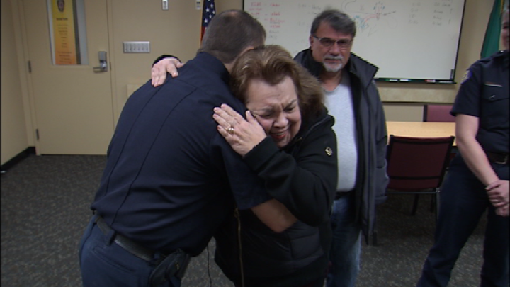 Woman delivers Thanksgiving dinner to first responders who saved her life