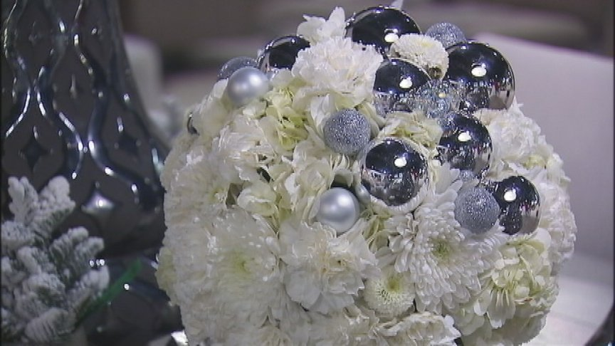 Put the Happy Back in Your Holidays: Floral arrangement tips from local business owners