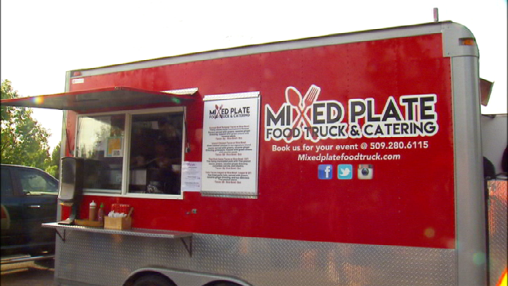 """""""We had to do something"""" Food trucks team up to feed homeless Spokane Valley students"""
