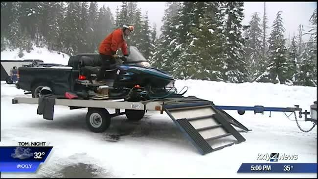 Footsteps lead rescuers to missing snowmobiler