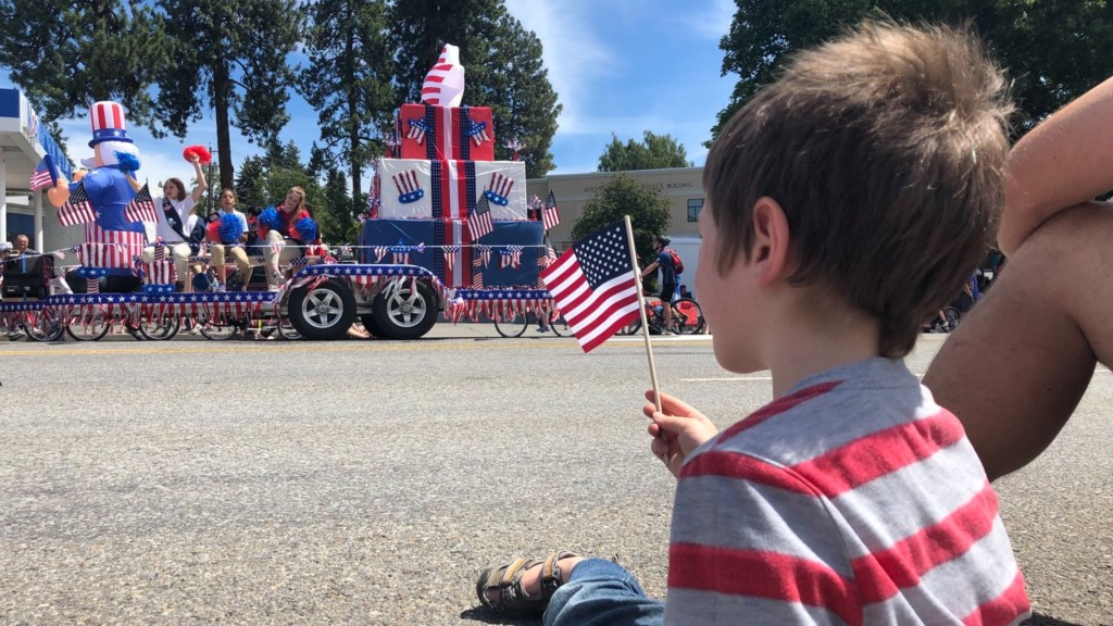 Coeur d'Alene 4th of July parade draws in hundreds