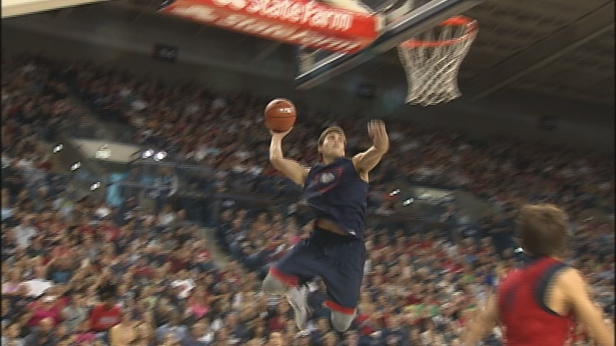 Zags impress capacity crowd at Kraziness in the Kennel