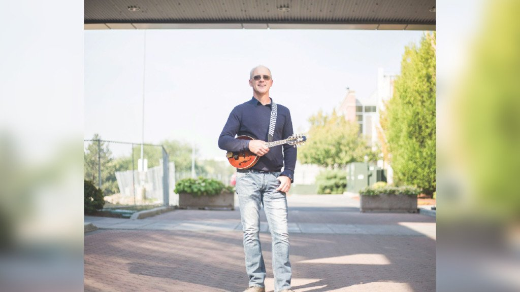Gonzaga University electrical engineering professor doubles as a musician