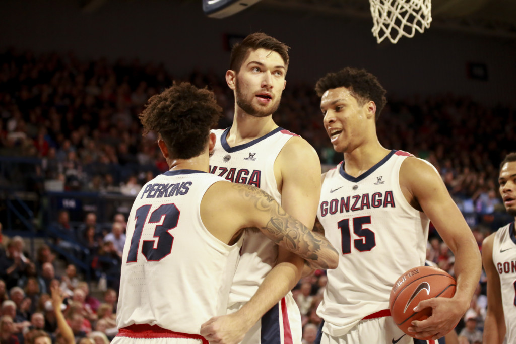 Zags come out with fire to upend Fairleigh Dickinson, will face Baylor on Saturday