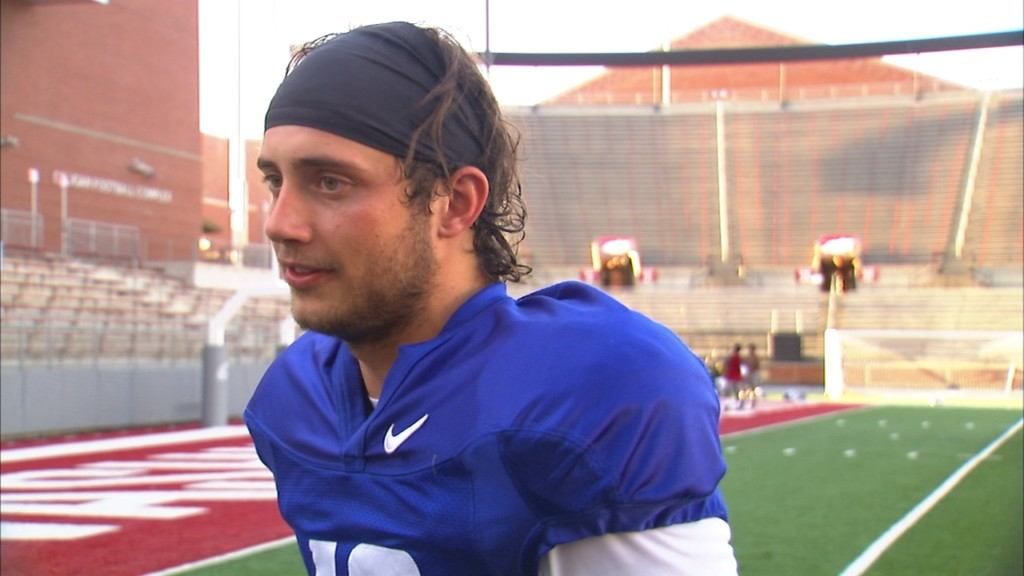 """Gordon played the best"" Mike Leach on QB race after second WSU scrimmage"