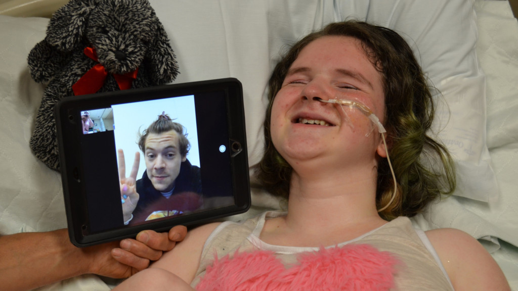 Sacred Heart Children's Hospital patient gets special call from celebrity