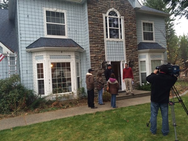 Sound Off for November 5th: Should Hayden homeowner be forced to remove Christmas display?
