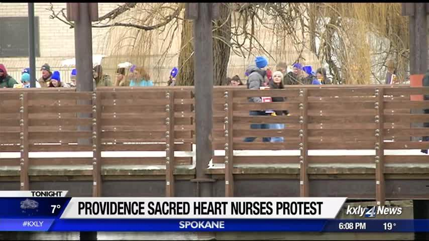 Hundreds of Spokane nurses rally, as SMHC & WSNA contract negotiations continue