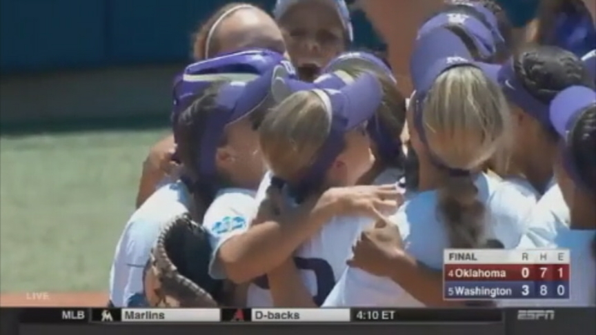 Huskies in WCWS Championship Series for fourth time after 3-0 win