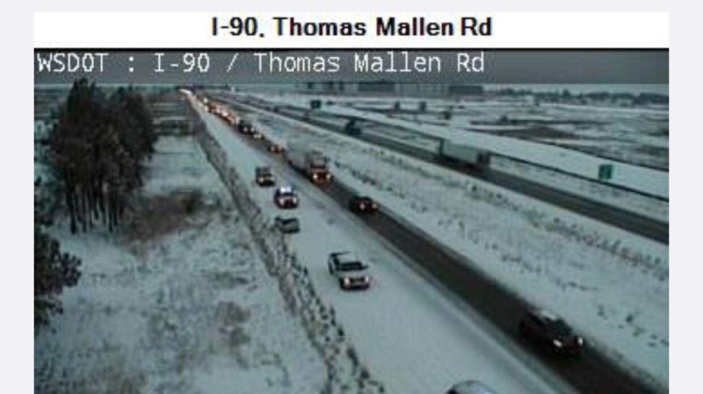 Crash blocking part of eastbound I-90 at Thomas Mallen Rd, injuries reported
