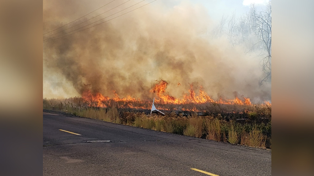 Level 2 evacuation notice lifted for I-90 fires