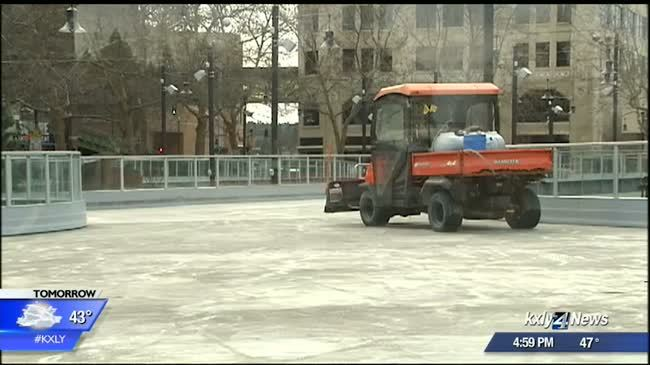 Ice ribbon to be closed for estimated three weeks