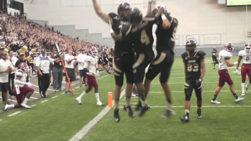 Vandals pick up win against NMST
