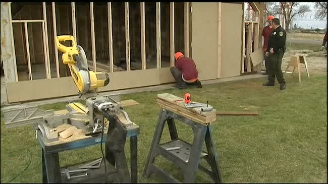 Apprenticeship program teaches local inmates carpentry, life skills