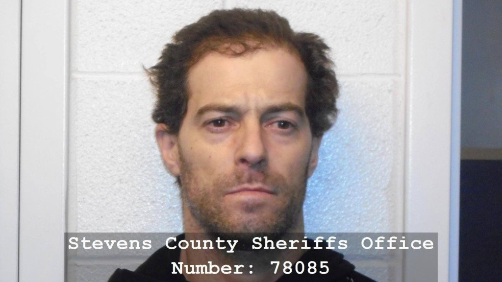 Authorities in Stevens Co. looking for man with multiple felony warrants