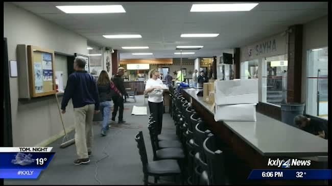 KXLY4 Extreme Team unveils renovated Eagles Ice Arena