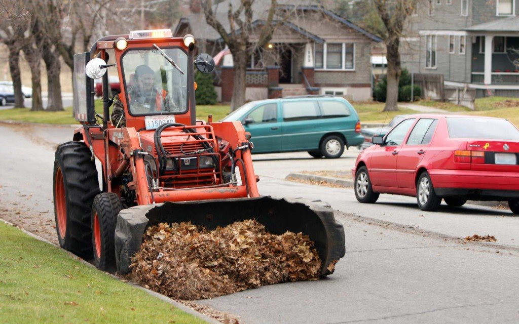 Leaf pickup this Saturday and Monday in Browne's Addition