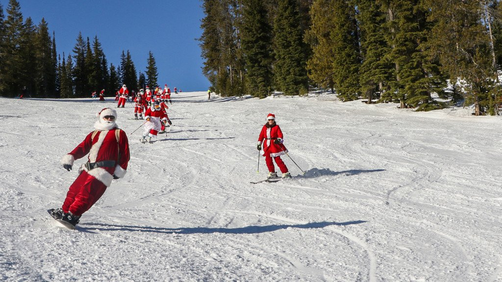 Lookout Pass let anyone dressed like Santa ski for free