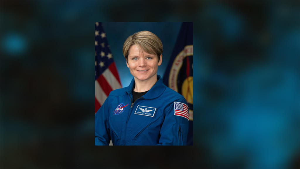 Spokane astronaut helps swap space station's batteries