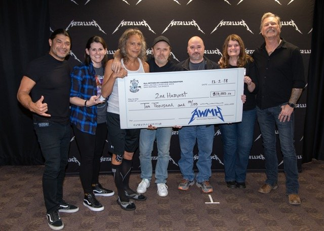 Metallica donates $10K to Second Harvest on Spokane tour stop