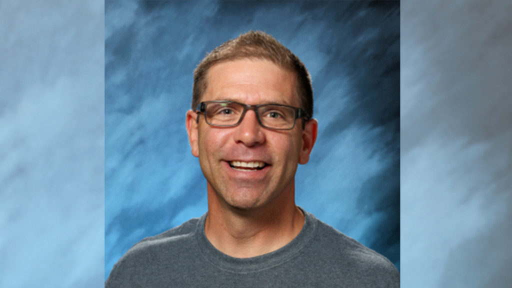 Cheney High School teacher up for chance to win free cruise, grant for spreading joy of learning