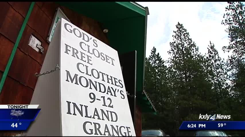Small town's clothing bank makes 'heartbreaking decision' to close