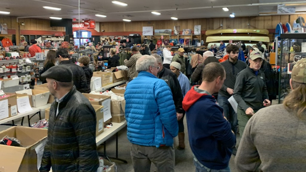 Mountain Gear announces new deals in liquidation sale